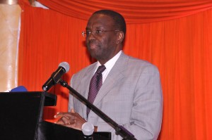 Kenya-Chief-Justice-Dr-Willy-Mutunga-makes-keynote-speech-at-MRPP-launch_R